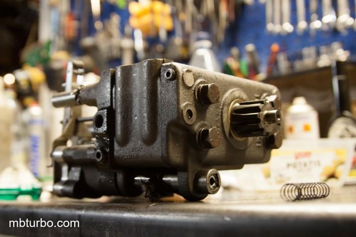 MF35 hydraulics (4)