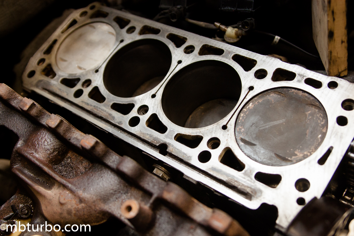 how to clean corroded aluminum engine